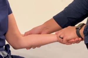 Epicondilitis. Qué es, causas, cuánto dura, como desinflamar